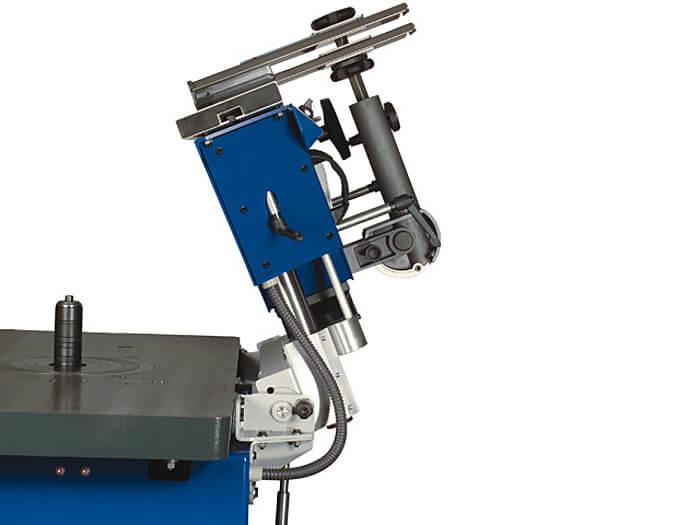 Fraesanschlag  Abklappeinrichtung Format 4 Fraesmaschine.jpg