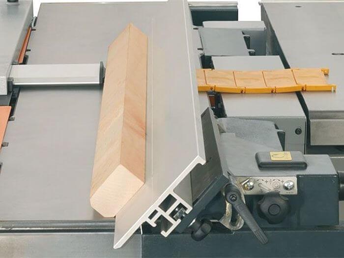 Hobelanschlag Felder Hobelmaschine.jpg
