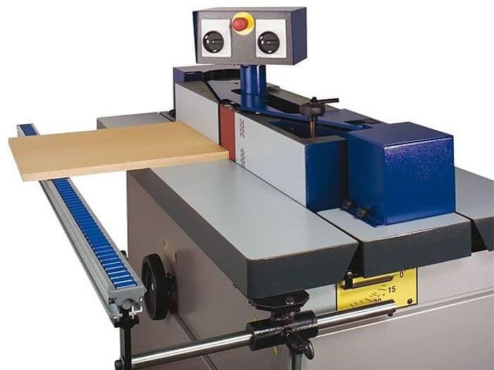 Tischverbreiterung Felder Kantenschleifmaschine.jpg