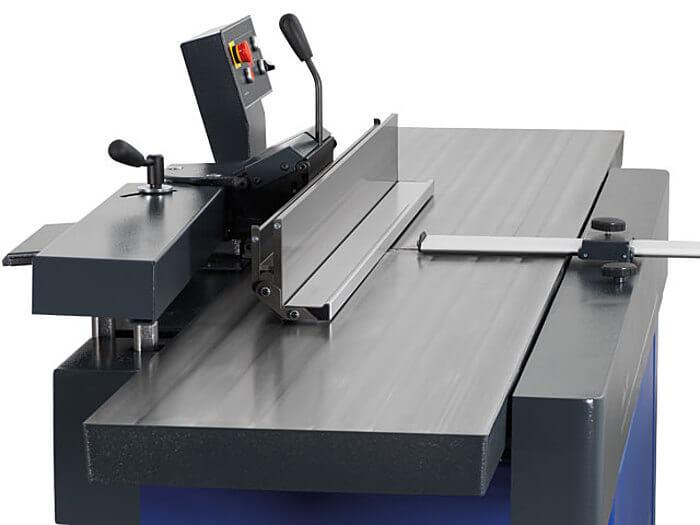 Hilfsanschlag Hobelmaschine Format 4 www.miller maschinen.de Felder.jpg