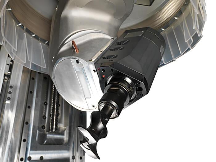 CNC Bearbeitungszentrum 5 Achs Spindel Format 4 www.miller maschinen.de Felder.jpg