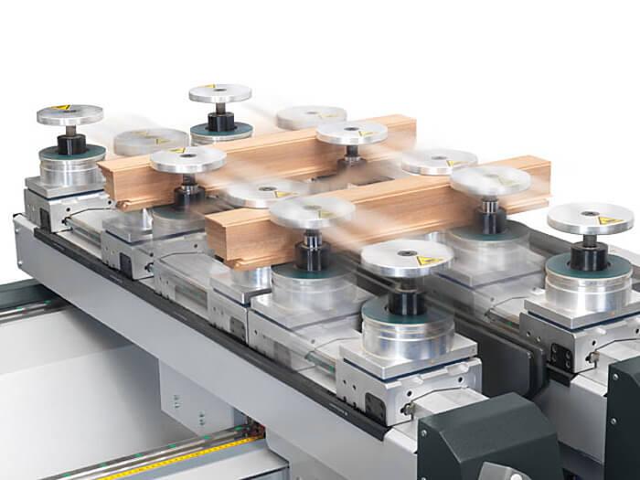 e motion Konsolensystem profit H500 Format 4 CNC Bearbeitungszentrum www.miller maschinen.de Felder.jpg