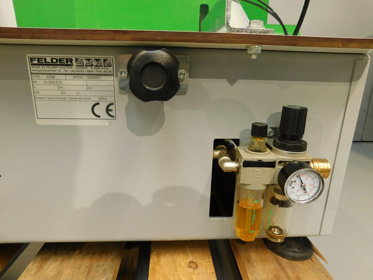 Eckenkopiermaschine ERM 1050 Felder  2 .JPGEckenkopiermaschine ERM 1050 Felder  2